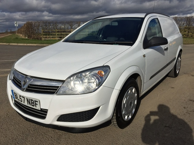 View VAUXHALL ASTRA VAN 1.7 CDTI CLUB, MOT JUNE 2018, CAMBELT DONE, NO VAT,