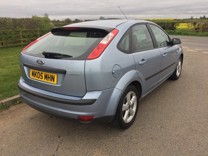 View FORD FOCUS ZETEC 16V, MOT MARCH 2018,