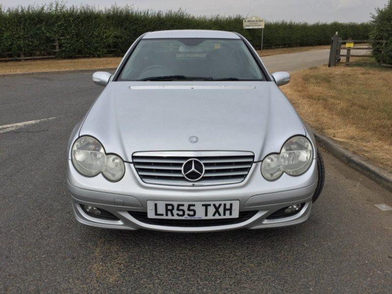 View MERCEDES C CLASS C160 KOMPRESSOR SE, MOT JUNE 2019, LOW MILES,
